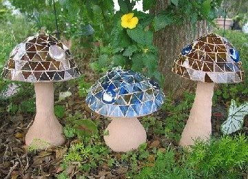 DIY Toadstools for Your Flower Garden
