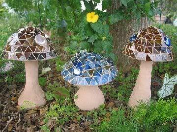 DIY Toadstools for Your Flower Garden