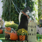 Outdoor Decorating for Halloween