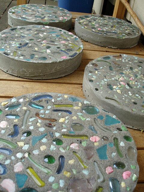 Easy Stepping Stones For The Garden Nikki Lynn Design
