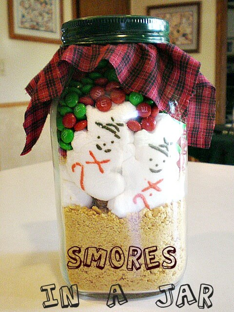 Smores in a Jar - Recipe and Printable Tags Too!
