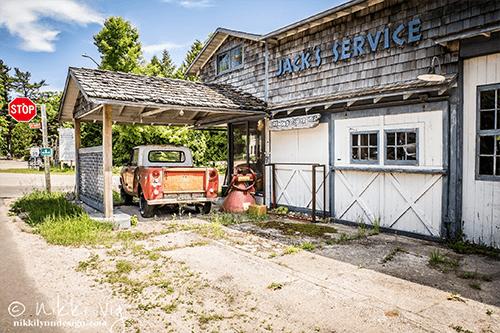 Jack's Service Station - Photography Print / NikkiLynnDesign