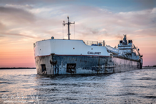 The SS Calumet freighter is in the bulk freighter class. Bulk freighters carry unpackaged bulk cargo like grain, coal, cement and ore. Photography by Nikki Vig